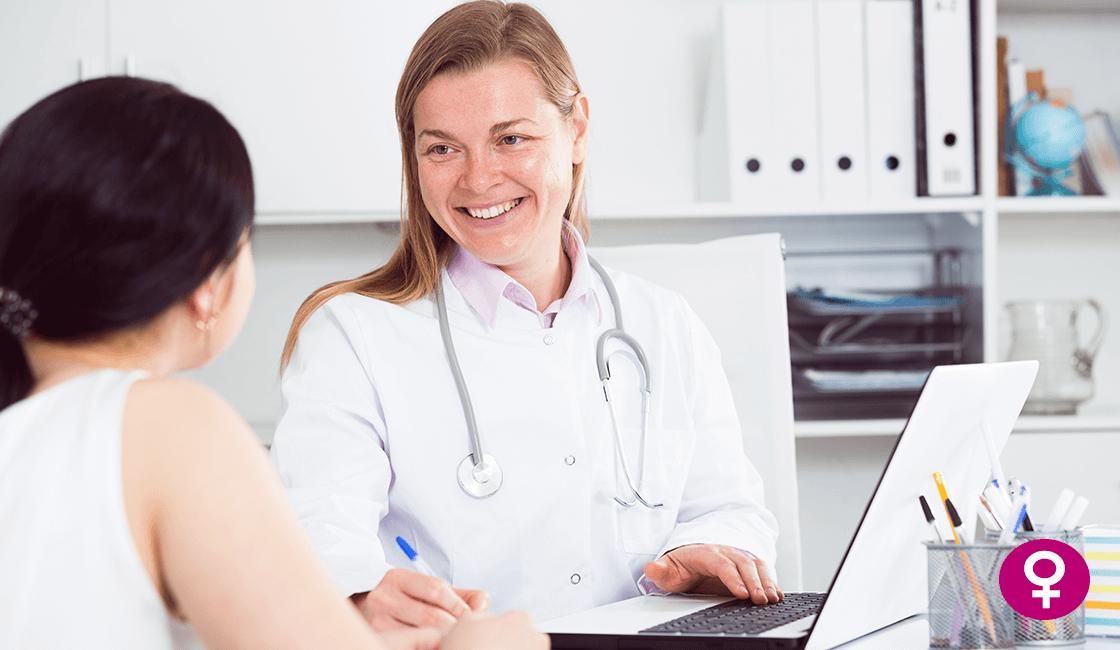 de-que-se-encargan-los-medicos-de-ginecologia-infantil