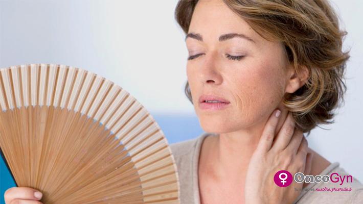 Bochornos, menopausia y verano – ¿Cómo convivir con ellos?
